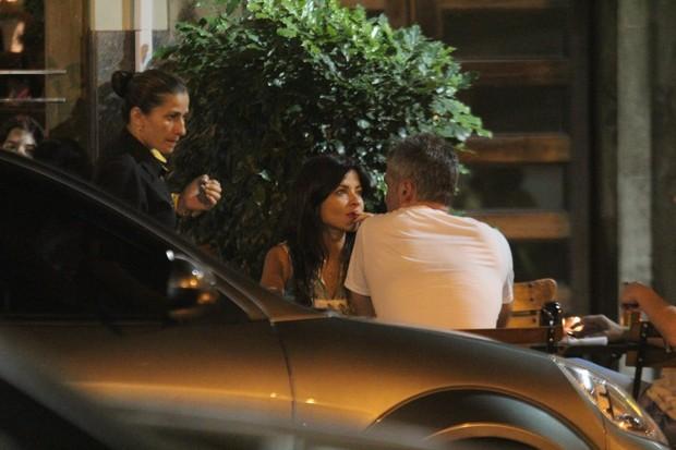 Ana Lima curte jantar com o namorado, no Rio (Foto: Rodrigo dos Anjos/AgNews)