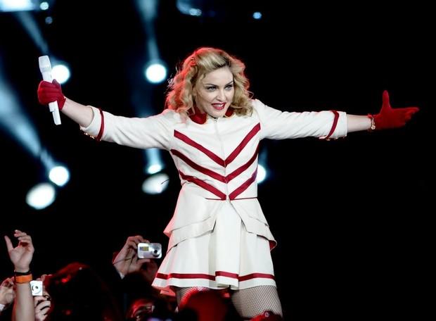 Madonna se apresenta no estádio Olímpico, em Porto Alegre (Foto: Francisco Cepeda/ Ag. News)