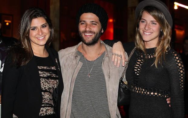 Fernanda Paes Leme, Bruno Gagliasso e Giovanna Ewbank (Foto: Manuela Scarpa/PhotoRioNews)