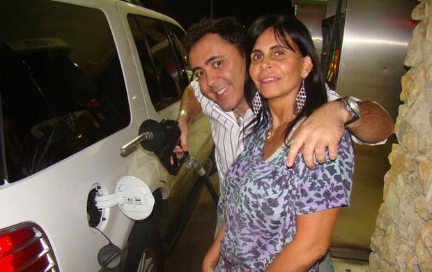 Gretchen e Julinho do Carmo nos EUA (Foto: Divulgação)