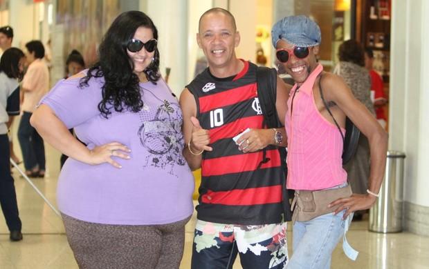 Serginho e dançarinas (Foto: Leottu Junior / Ag. News)