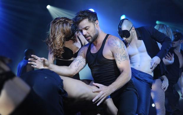 Ricky Martin em show ousado (Foto: Agência Grosby Group)