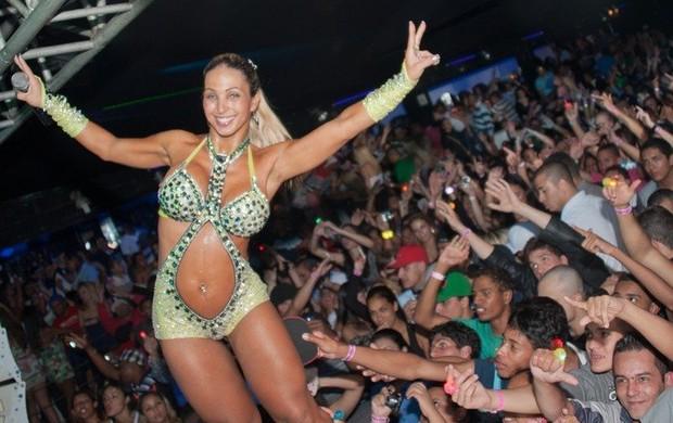 Valesca Popozuda e faz show em São Paulo (Foto: Anderson Borde / Divulgação)