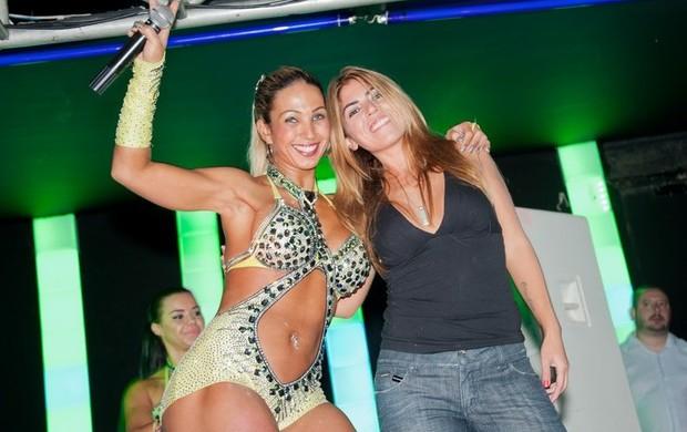 Valesca Popozuda dança com Bruna Surfistinha (Foto: Anderson Borde / Divulgação)