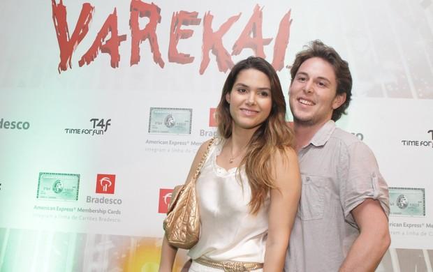 Fernanda Machado e o namorado Robert Rinski no espetáculo 'Varekai', do Cirque du Soleil (Foto: Raphael Mesquita / Photo Rio News)