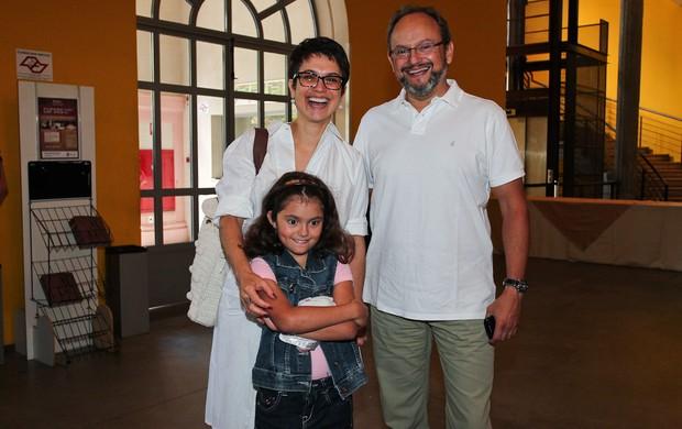 Sandra Annenberg com o marido Ernesto Paglia e a filha Elisa (Foto: Manuela Scarpa/Photo Rio News)