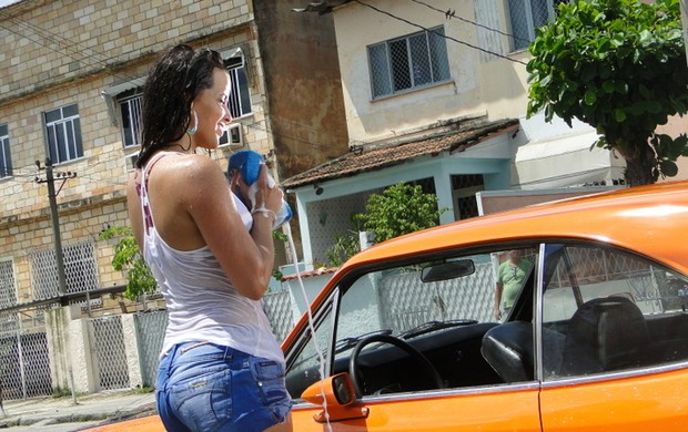 Renata Santos participa de 'Avenida Brasil' (Foto: Divulgação)