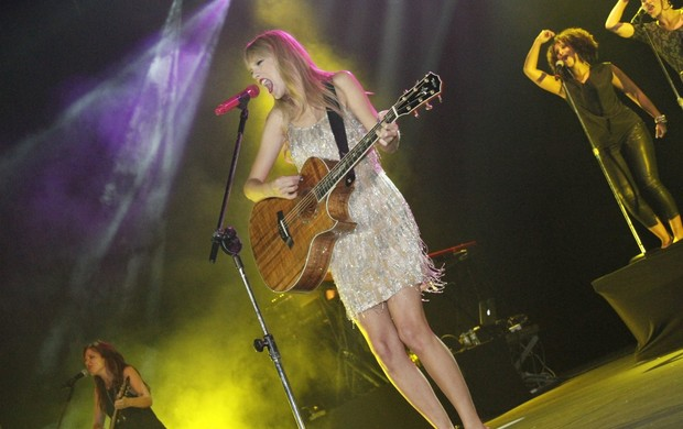 Taylor Swift se apresenta no Rio (Foto: Isac luz / EGO)