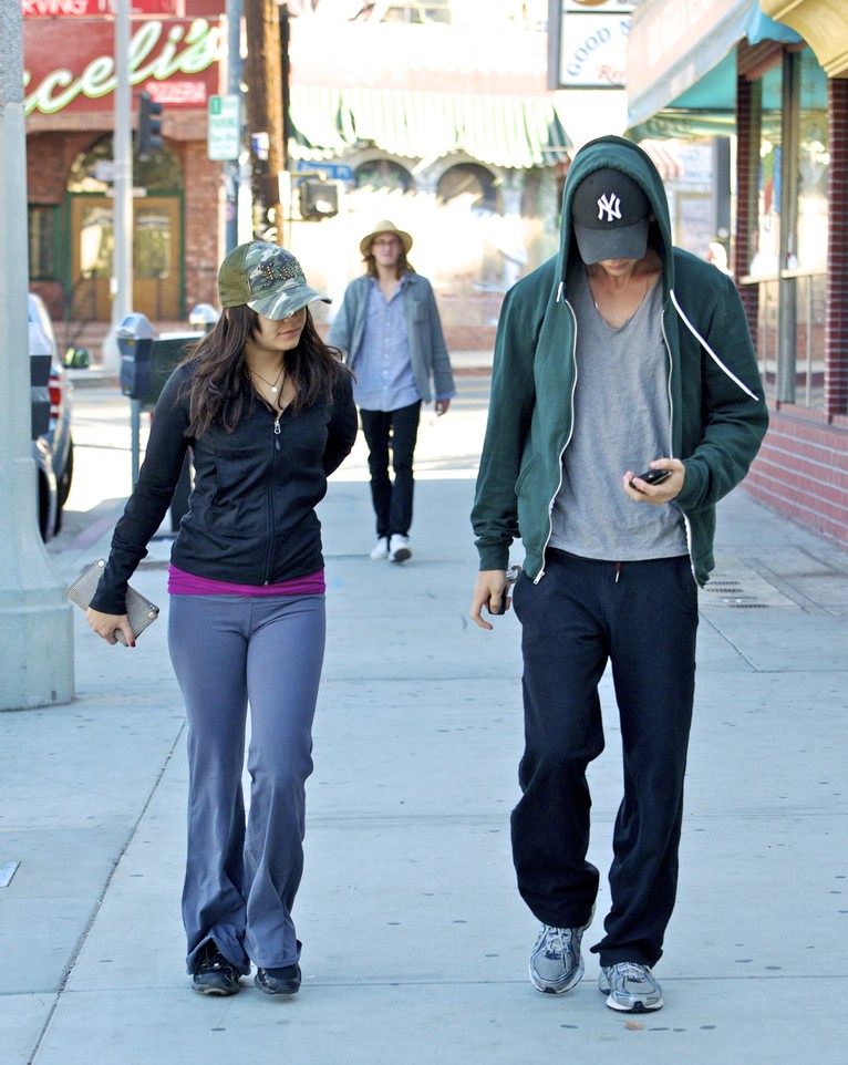 Vanessa Hudgens e o namorado, Austin Butler (Foto: Brainpix)