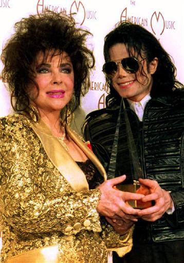 Elizabeth Taylor e Michael Jackson (Foto: AFP/Agência)
