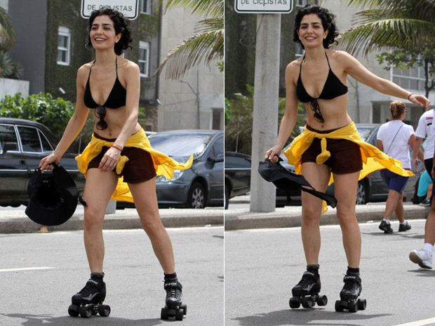 Leticia Sabatella andando de patins (Foto: Andre Freitas/ Ag. News)