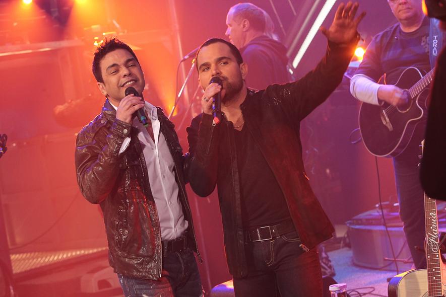 Zezé di Camargo e Luciano gravaram o 'Programa do Jô' nesta sexta, 1º de novembro.