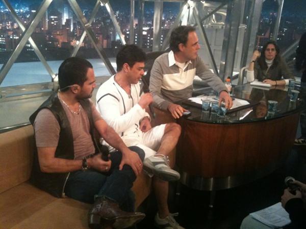 Zezé di Camargo e Luciano no Programa do Jô (Foto: Reprodução/Twitter)