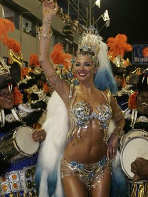Luciana Gimenez carnaval (arquivo) (Foto: Marcos Serra Lima/EGO)