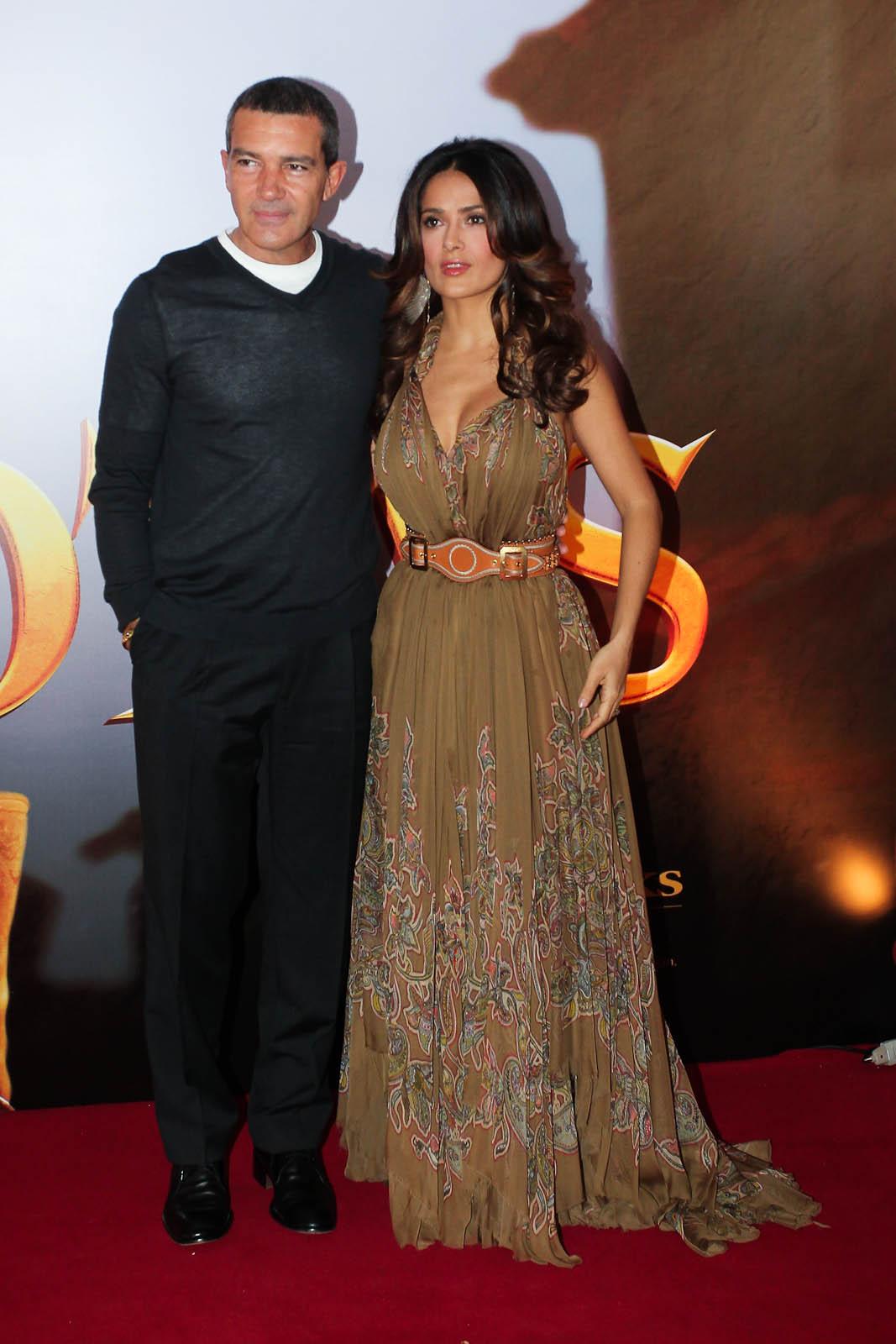 Antonio Banderas e Salma Hayek lançaram o filme 'Gato de Botas' no Brasil
