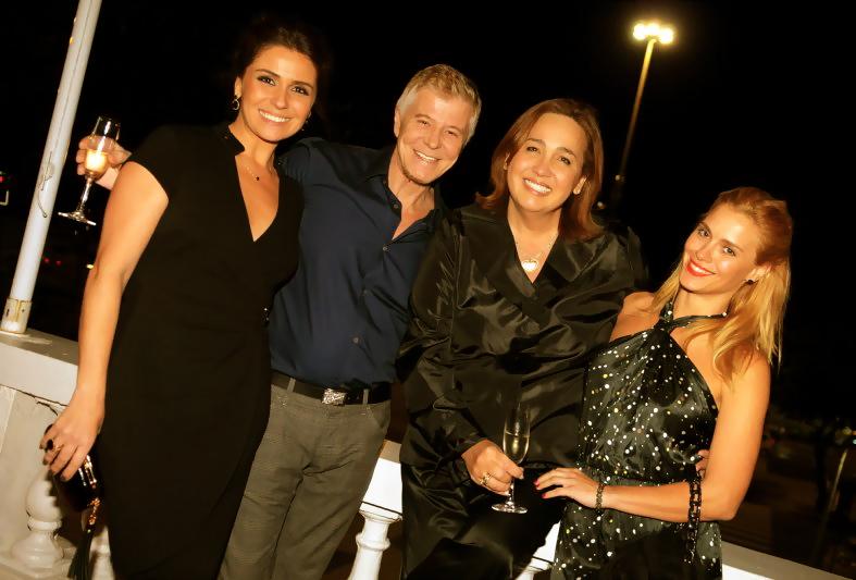 Giovanna Antonelli , Miguel Falabella e Carolina Dieckmann na festa de aniversário de Claudia Jimenez