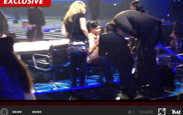 Nicole Scherzinger é pedida em casamento durante intervalo do 'X-Factor' (Foto: Reprodução/TMZ)