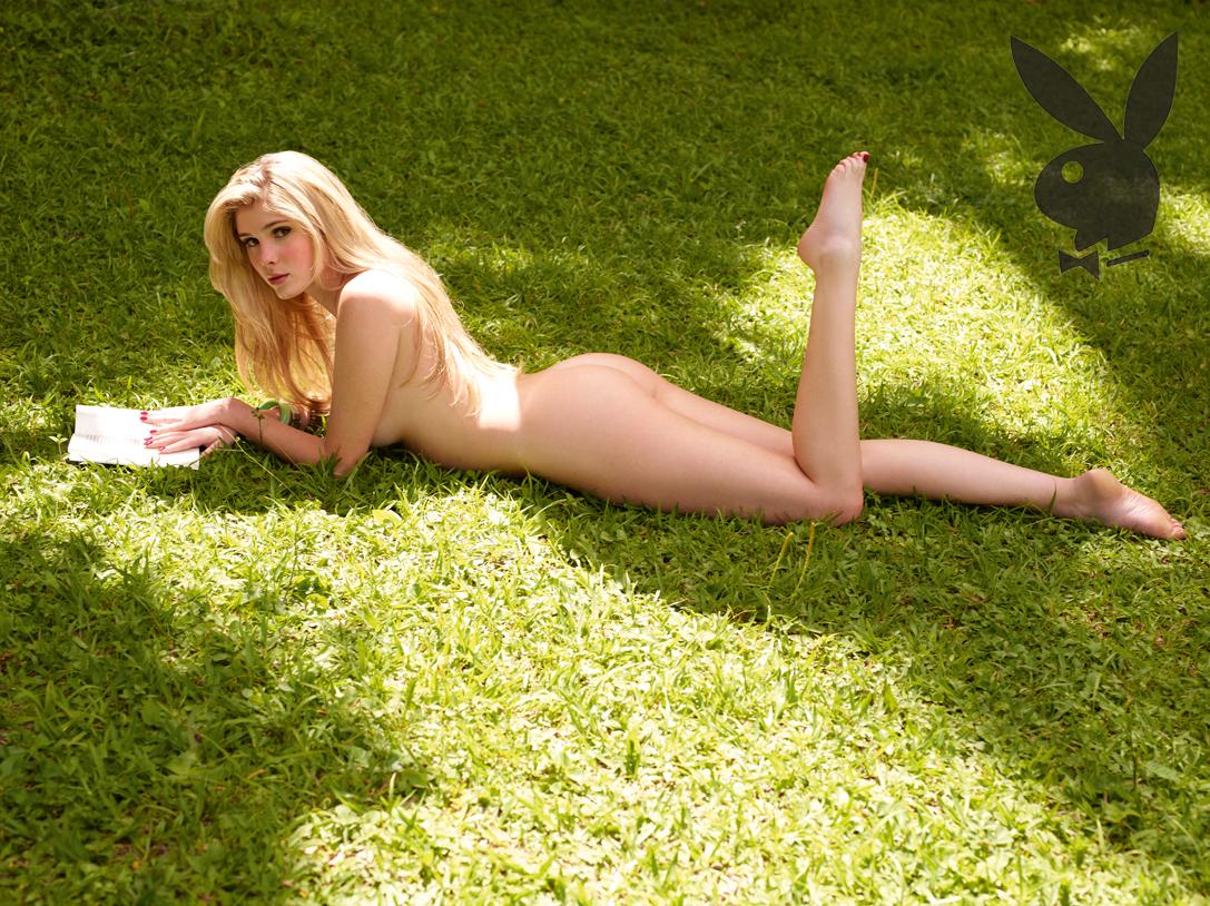Bárbara Evans mostrou na 'Playboy' seu bumbum natural