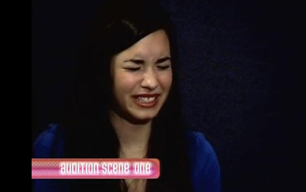 Demi Lovato faz teste para o canal Disney (Foto: Reprodução/You Tube)