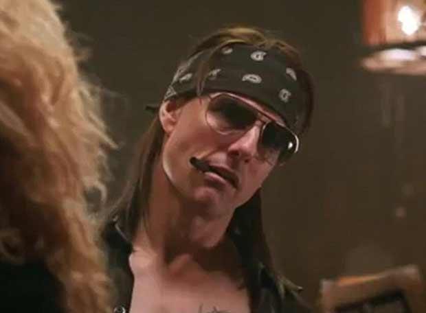 Tom Cruise em cena de 'Rock of Ages' (Foto: Reprodução/You Tube)