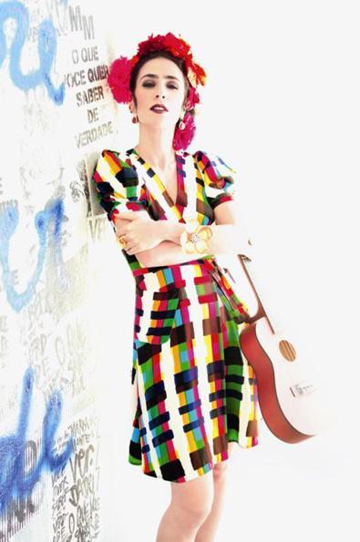 Marisa Monte posa para a Billboard (Foto: Tom Munro/Divulgação)