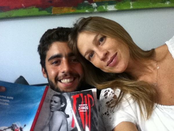 Em 2011 muita coisa mudou na vida de Luana Piovani. A atriz rompeu com Felipe Simão e logo engatou um romance com o surfista Pedro Scooby, de quem está grávida