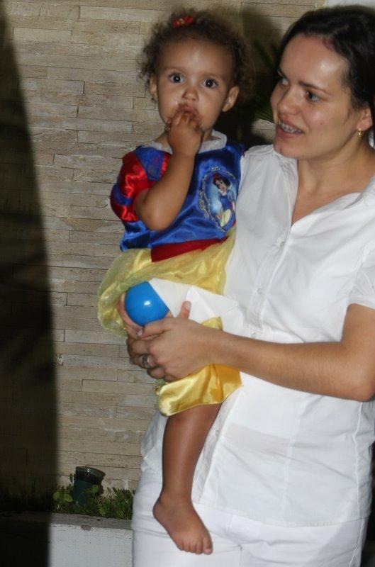Maria Alice no aniversário da irmã Maria Sophia em São Paulo (Foto: Danilo Carvalho/ Ag. News)