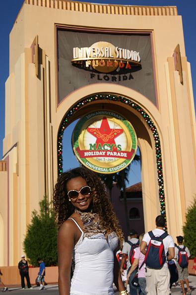 Vania Love no parque Universal Studios (Foto: Divulgação)