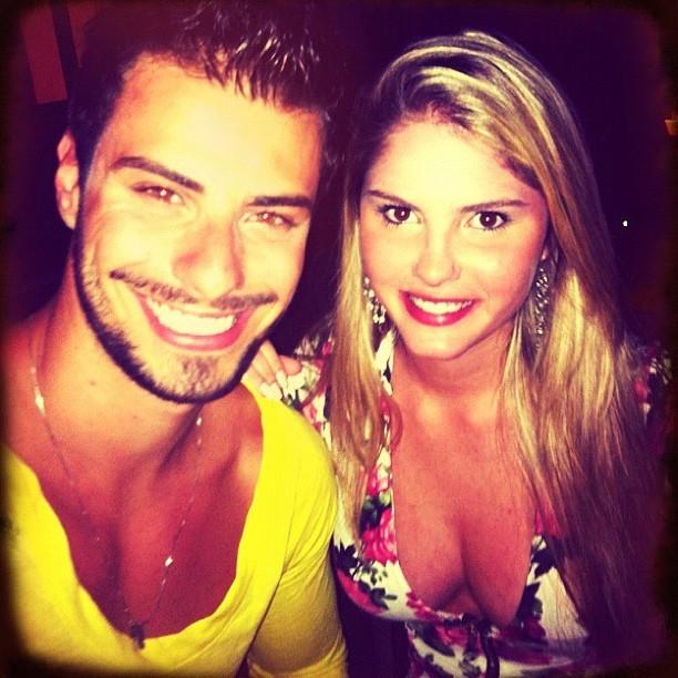 Barbara e Lucas em foto postada no Twitter (Foto: Twitter)