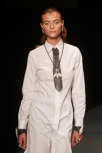 A grife Camila Klein desfilou a nova coleção de joias no Fashion Business