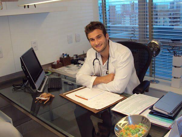 Wesley volta à rotina de médico (Foto: Arquivo Pessoal)