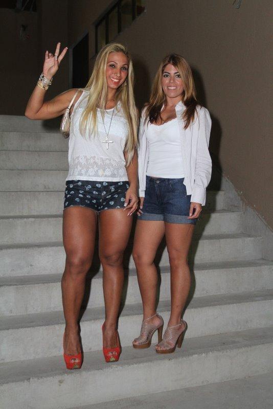 Valesca Popozuda e Bruna Surfistinha no show do O Rappa no Rio (Foto: Anderson Borde/ Ag. News)
