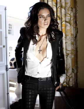 Adriana Lima na Vogue (Foto: JR Duran)