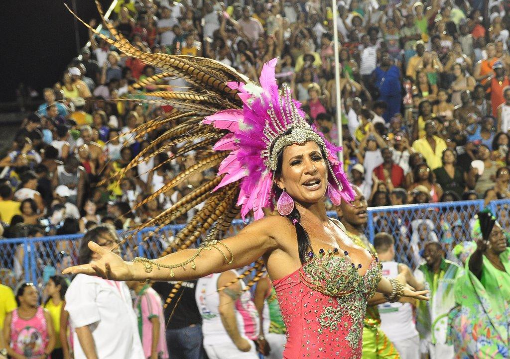 Scheila Carvalho na Mangueira