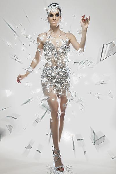 Ana Furtado encarnou uma vidraceira estilizada na série 'Operárias do Carnaval'