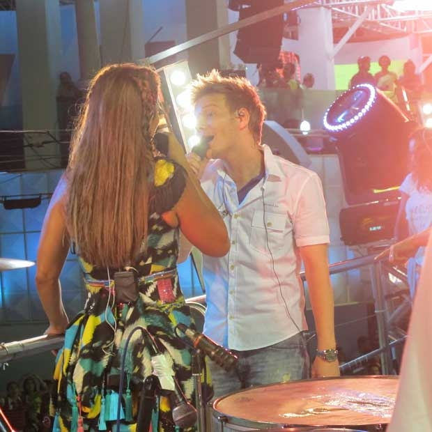 Ivete canta com Michel Teló (Foto: Renata Sakai/EGO)