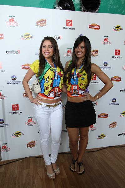 Ex-BBBs Maria e Talula em Pernambuco (Foto: Divulgação)