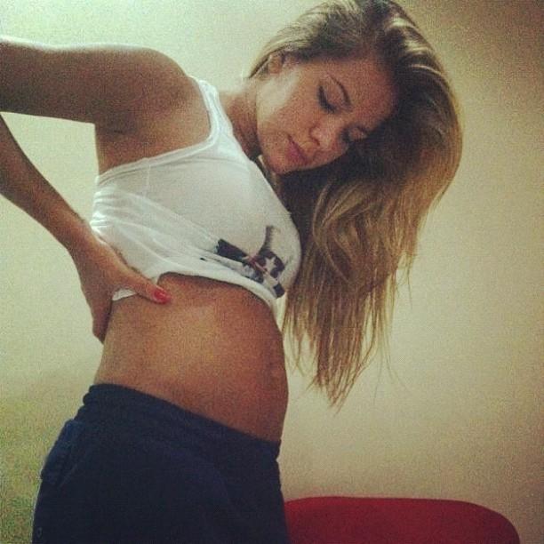 Adriana (Foto: Reprodução/Twitter)