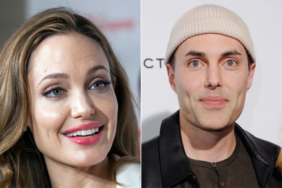 James Haven tem os mesmo olhos e o mesmo bocão da irmã, Angelina Jolie, mas a combinação não ficou tão boa como a da irmã.