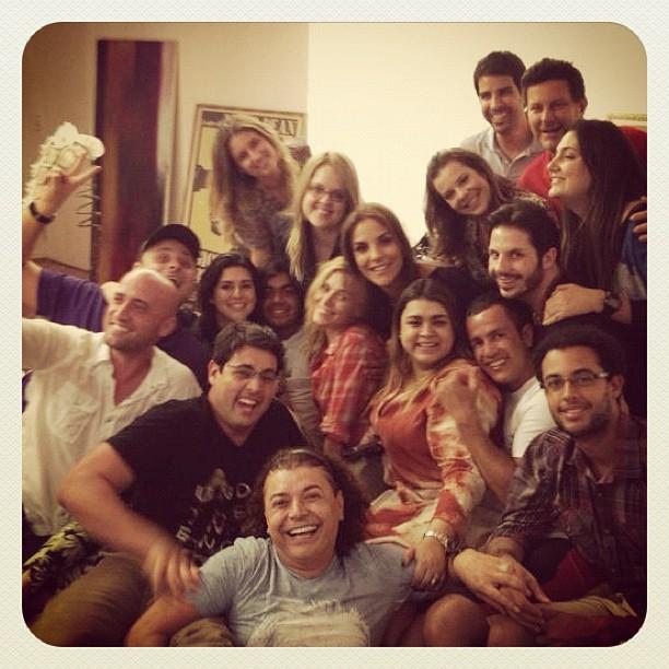 Preta Gil recebe amigos famosos em sua casa na Zona Sul do Rio (Foto: Twitter/ Reprodução)
