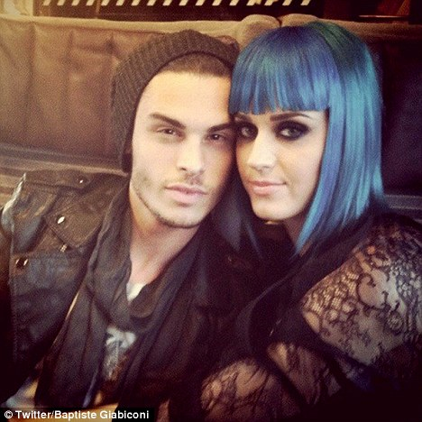 Baptiste Giabiconi e Katy Perry (Foto: Reprodução/Twitter)