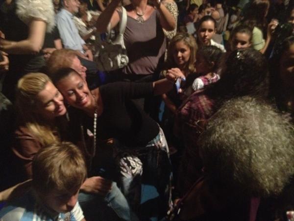 Carolina Dieckmann no circo do Marcos Frota (Foto: Reprodução/Twitter)