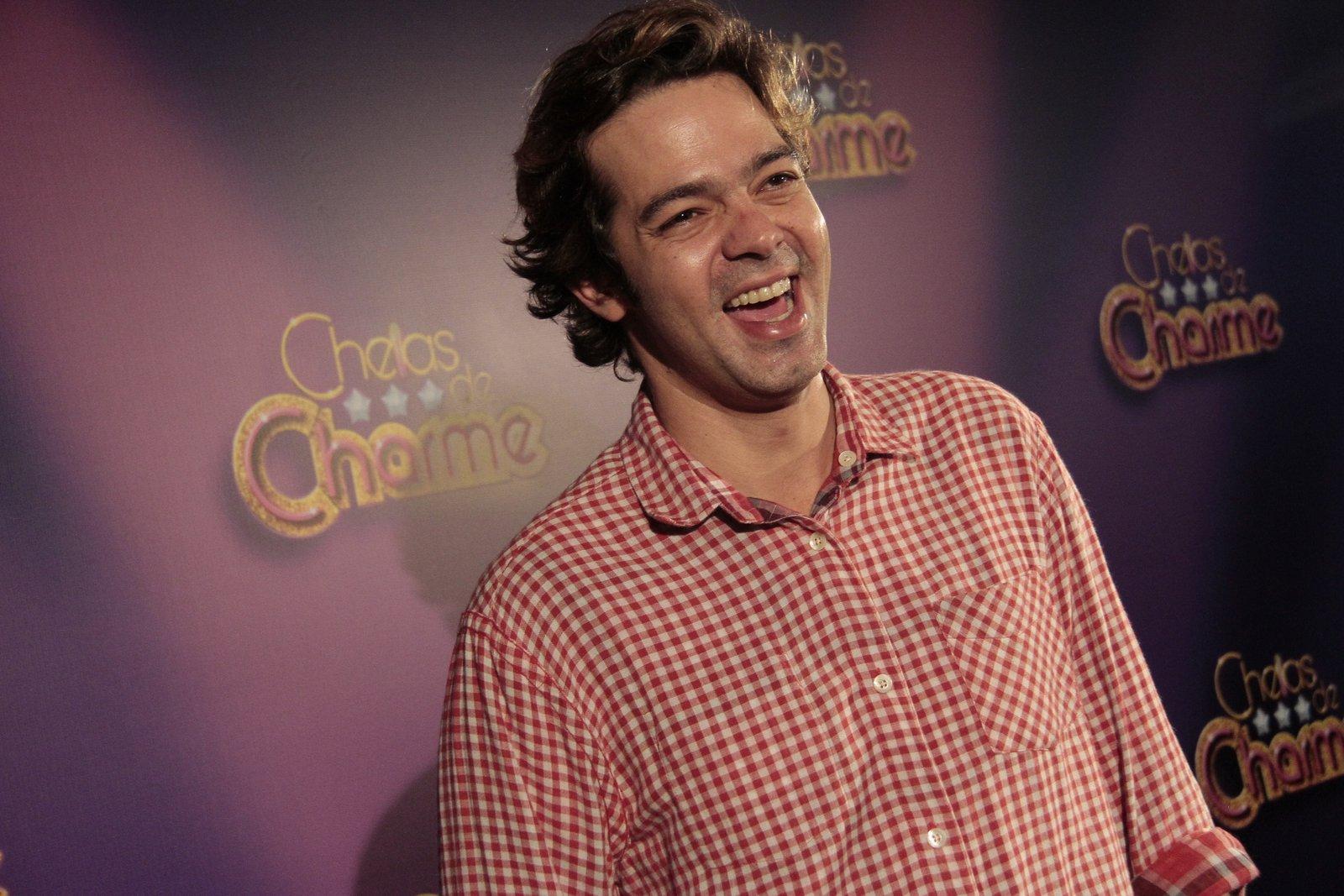 Bruno Mazzeo fez sua primeira aparição após a morte do pai, Chico Anysio, durante a festa de lançamento da novela 'Cheias de Charme', nesta sexta-feira à noite, 30, na Feira de São Cristóvão, na Zona Norte do Rio