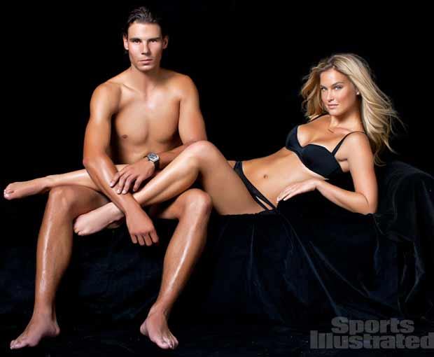Bar Refaeli na edição de biquíni da 'Sports Illustrated' (Foto: Reprodução)