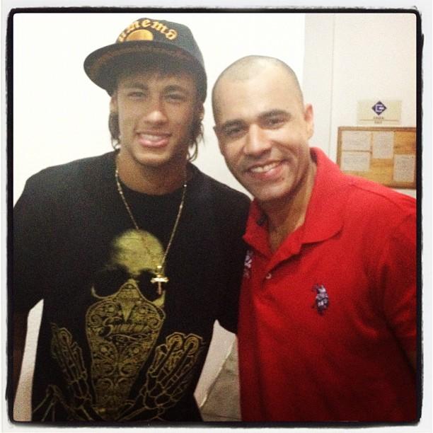 Neymar e Rodrigo Sant'anna (Foto: Reprodução/Twitter)