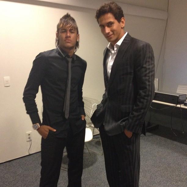 Neymar e Ganso em Brasília (Foto: Reprodução / Twitter)