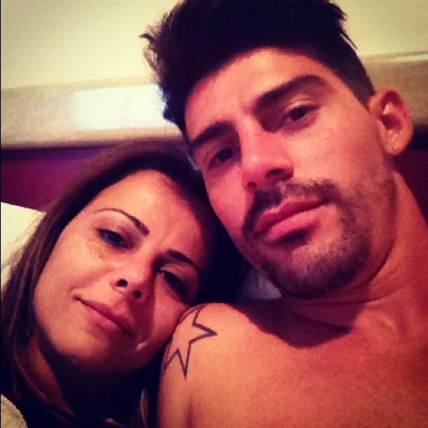 Viviane Araújo e o marido (Foto: Twitter/Reprodução)