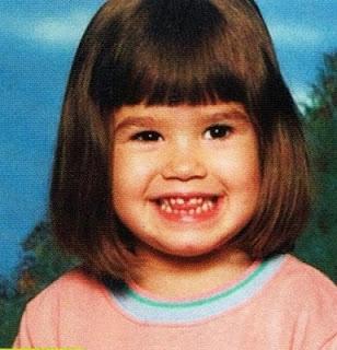 Demi Lovato nasceu no dia 20 de agosto de 1992. Olha como ela era uma criança fofa!