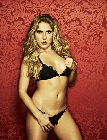 Renatinha (Foto: Playboy/ Facebook)