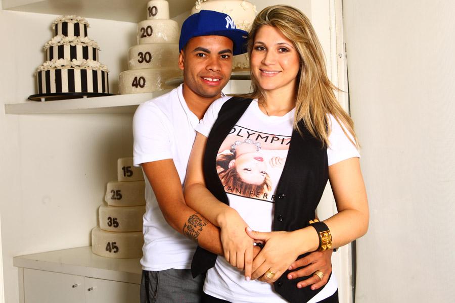 Dentinho e Dani Souza na doceria La Vie en Douce, em São Paulo